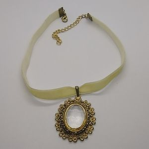 Vintage gold tone faux crystal choker necklace